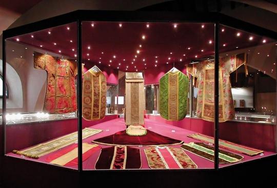 światło We Wnętrzach Muzealnych Na Co Zwrócić Uwagę Przy