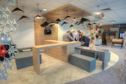 grupa nowy styl nagrodzona za projekt lounge plazza dla gemalto. Black Bedroom Furniture Sets. Home Design Ideas