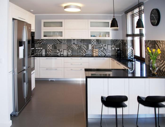 Kuchnia biało  czarna -> Kuchnia Bialo Czarno Drewniana